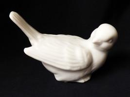 VTG OMC Japan White Porcelain Bird Figurine - $20.79