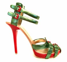 Raine Just The Right Shoe Mistletoe 70094 Red Green Miniature Retired 2012 - $48.50