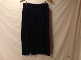 Adorable Womens' Black Accent Swing Style Skirt Size Large