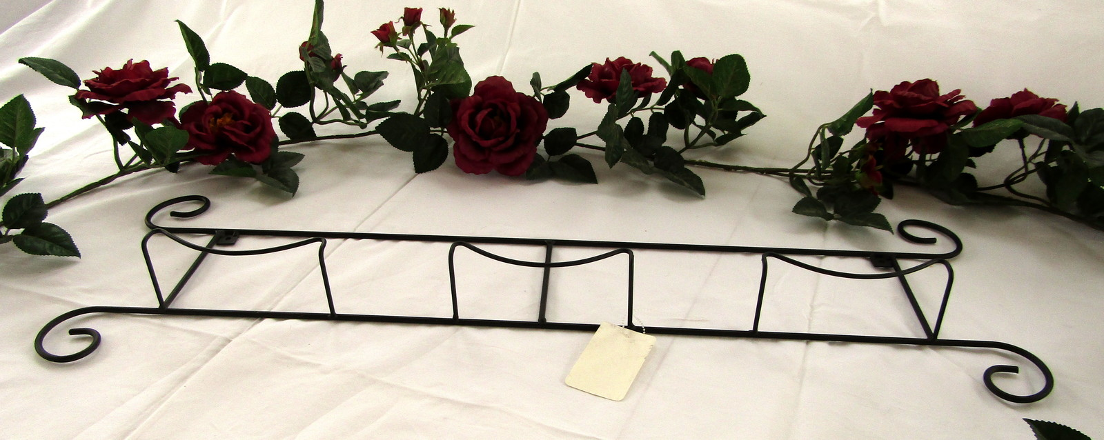 Horizontal 3 Plate Holder for Your Collector Plates