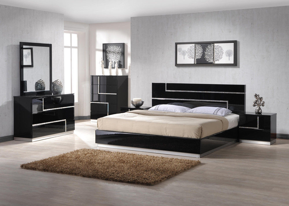 J&M Chic Modern Lucca Black Lacquer With Crystal Accents Queen Bedroom Set