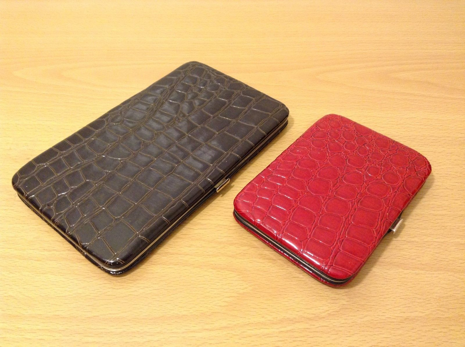 Ladies Crocodile Pattern Wallet Organizer Choice of LG SM Sz Red Black