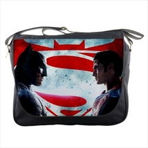 messenger bag batman v superman vs v/s - $39.79