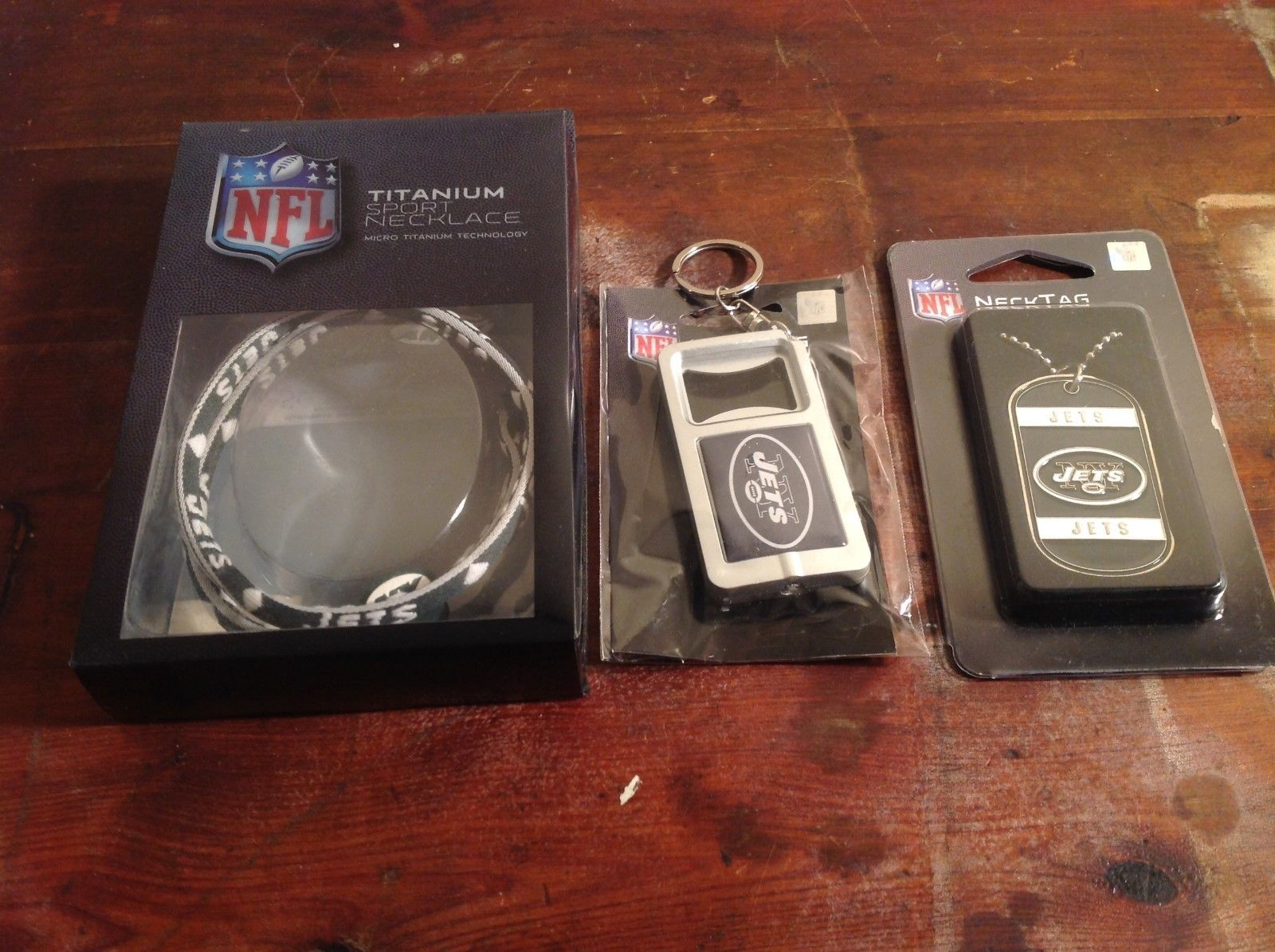 NFL NY Jets Accessories Titanium Sport Necklace Bottle Opener Key Chain Dog Tag