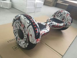 "NEW 10"" HOVERBOARD with Bluetooth and LED's - €528,77 EUR"
