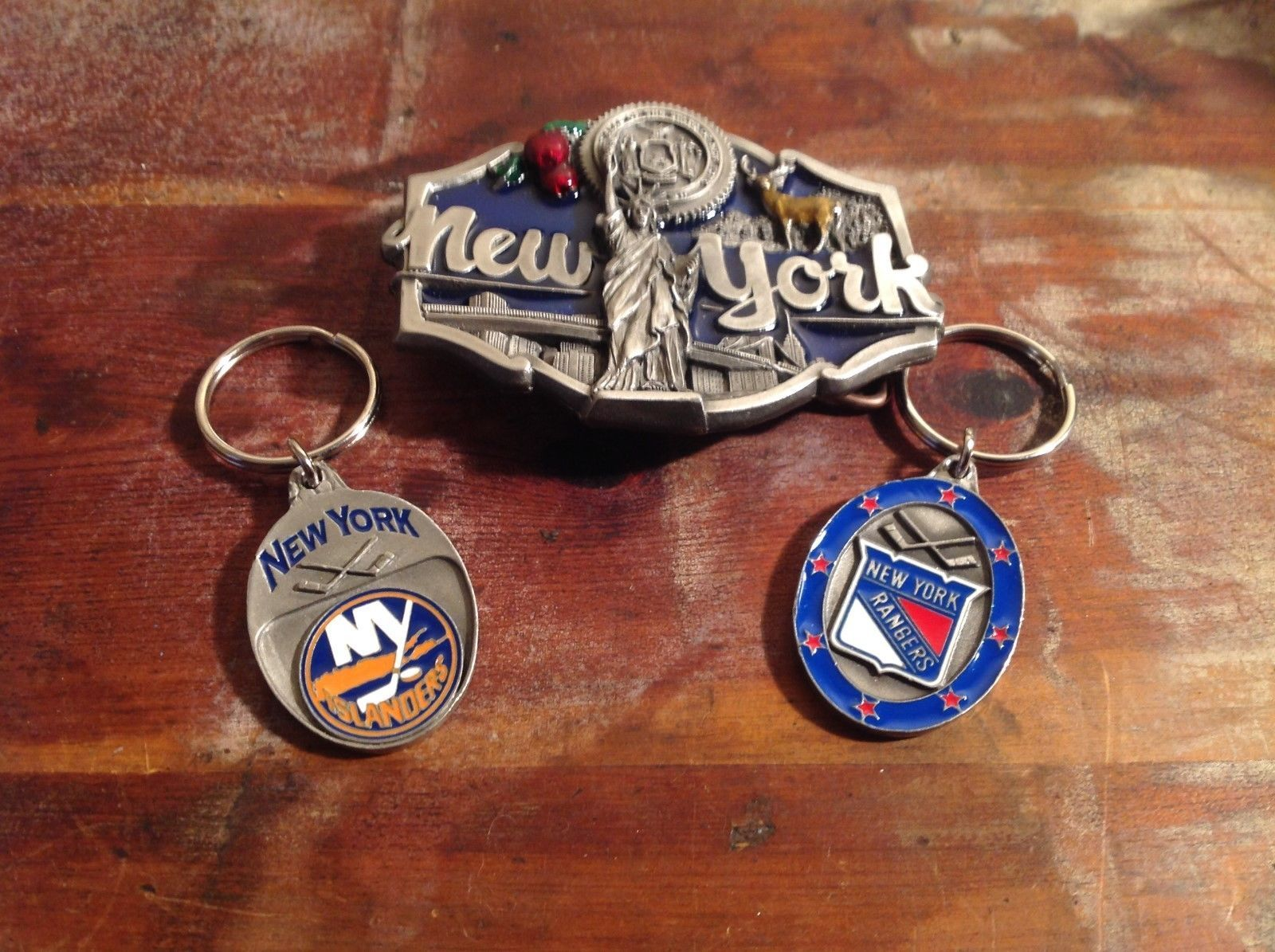 New York State Belt Buckle NY Islanders and NY Rangers Key Chains NEW