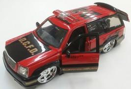 2002 Cadillac Escalade 1:24 Diecast Car - $23.75