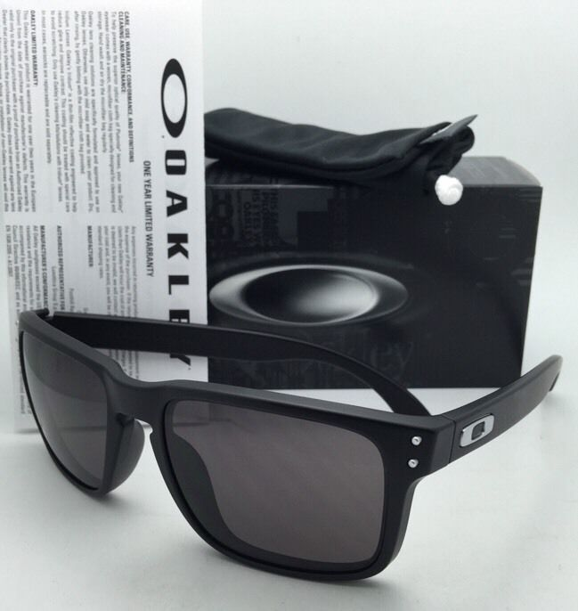 45865ca328d Rare Authentic Oakley Sunglasses HOLBROOK and 36 similar items