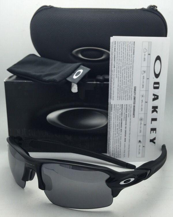 e34e272e4c OAKLEY Flak 2.0 Sunglasses OO9295-01 Matte and 50 similar items