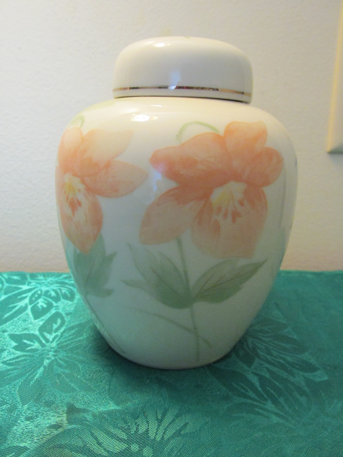 Unmarked Mini Chinese Ginger Jar With Lid -  Floral Design