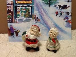Vintage Lefton Spaghetti Santa Mrs Claus Ceramic Figurines Shaker Set Ch... - $19.95
