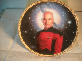 HAMILTON COLLECTION ==CAPTAIN JEAN-LUC PICARD==COLLECTOR PLATE - $7.95