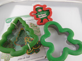 WILTON COMFORT GRIP CHRISTMAS COOKIE CUTTERS  GINGERBREAD MAN, New TREE ... - $9.99 CAD