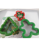 WILTON COMFORT GRIP CHRISTMAS COOKIE CUTTERS  GINGERBREAD MAN, New TREE ... - $7.61