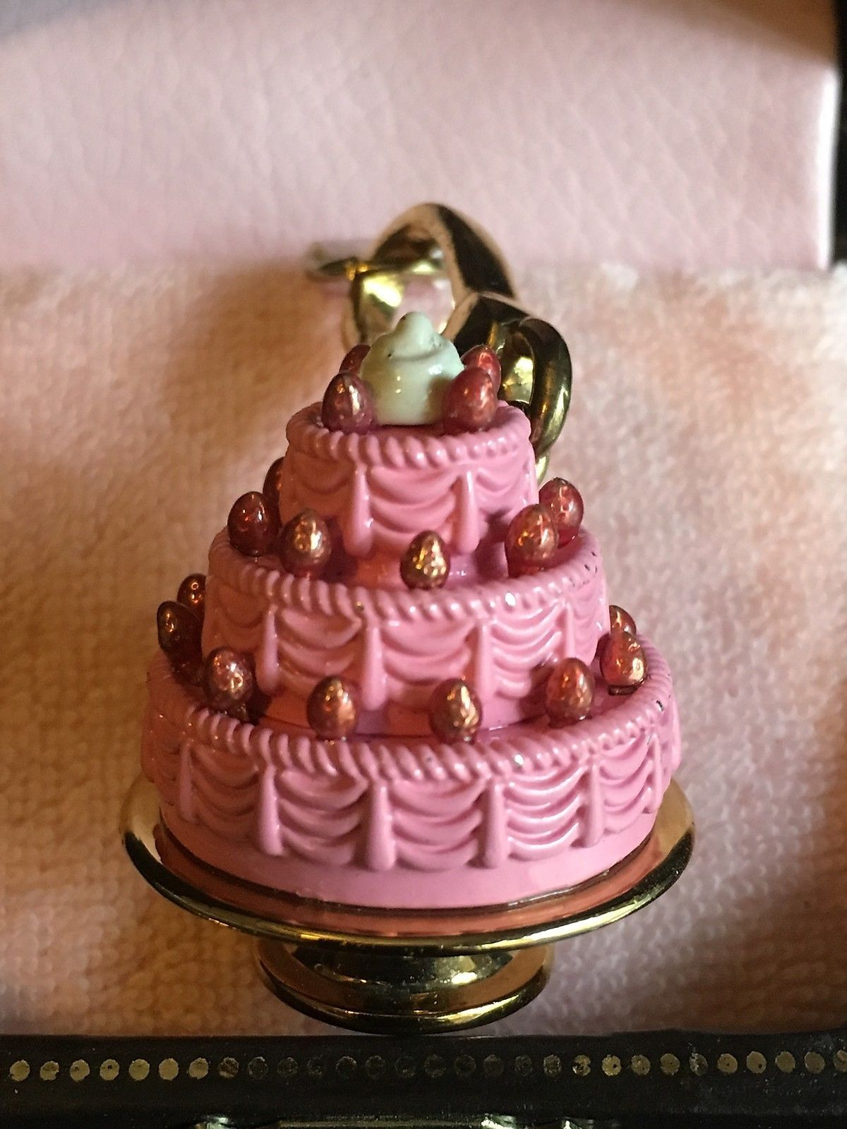 New Juicy Couture PINK 3 TIERED Layer CAKE w/ berries Gold Charm