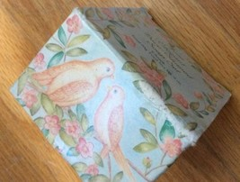Vintage TWO TURTLE DOVES Set Of 2 AVON SOAP with BOX 3 oz -12 DAYS OF CH... - $12.13