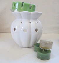 Colonial Candle White Ceramic Warmer for Tarts, Snaps, Oils New, no Box - $8.99