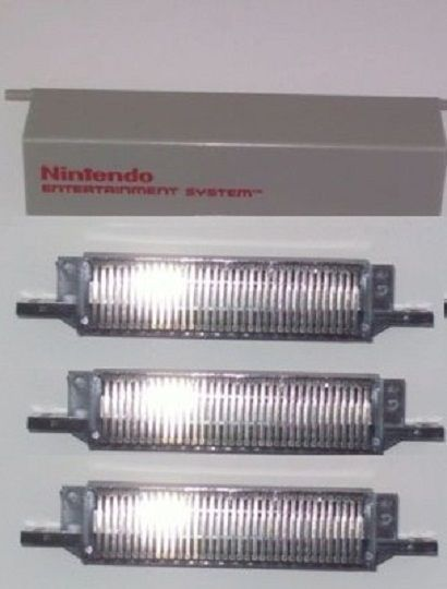 3  NEW 72 PIN CONNECTORS & 1 REPLACEMENT LID DOOR COVER FOR THE NINTENDO NES