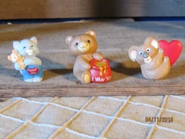 Vintage Hallmark Merry Miniatures Figurines-Set of 3- I Wuv You! Honey Bear More - $32.00