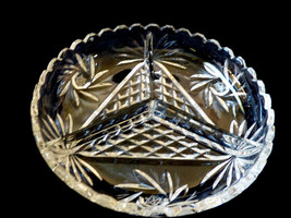 "VTG  Clear crystal divided dish bowl Pinwhel pattern 7.25"" - $51.48"