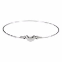 Thin Silver Tiny Crescent Moon Bangle Bracelet, Silver Plated Moon Bracelet - $113,34 MXN