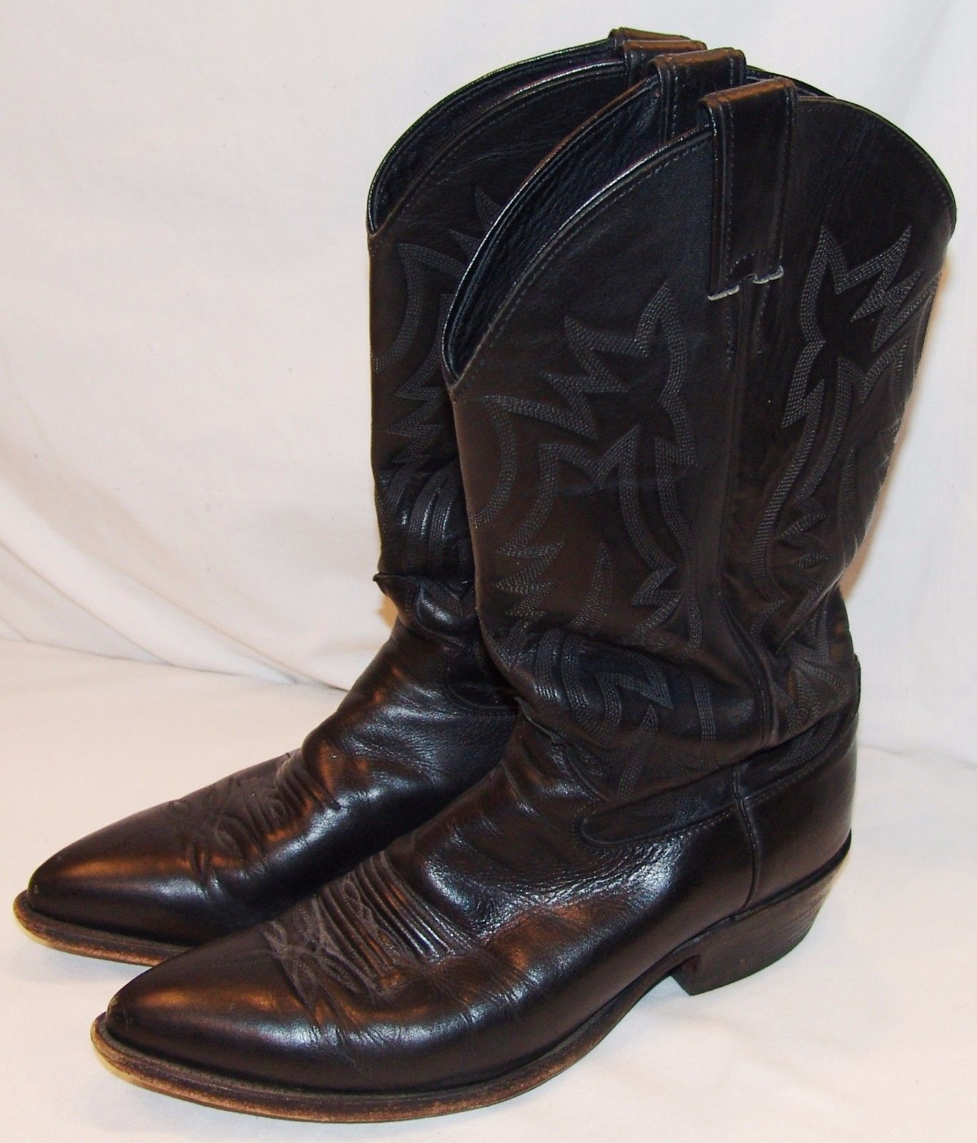 e92eda2680f15 Justin Mens Cowboy Boots 9 1/2 D 9.5 Style and 50 similar items