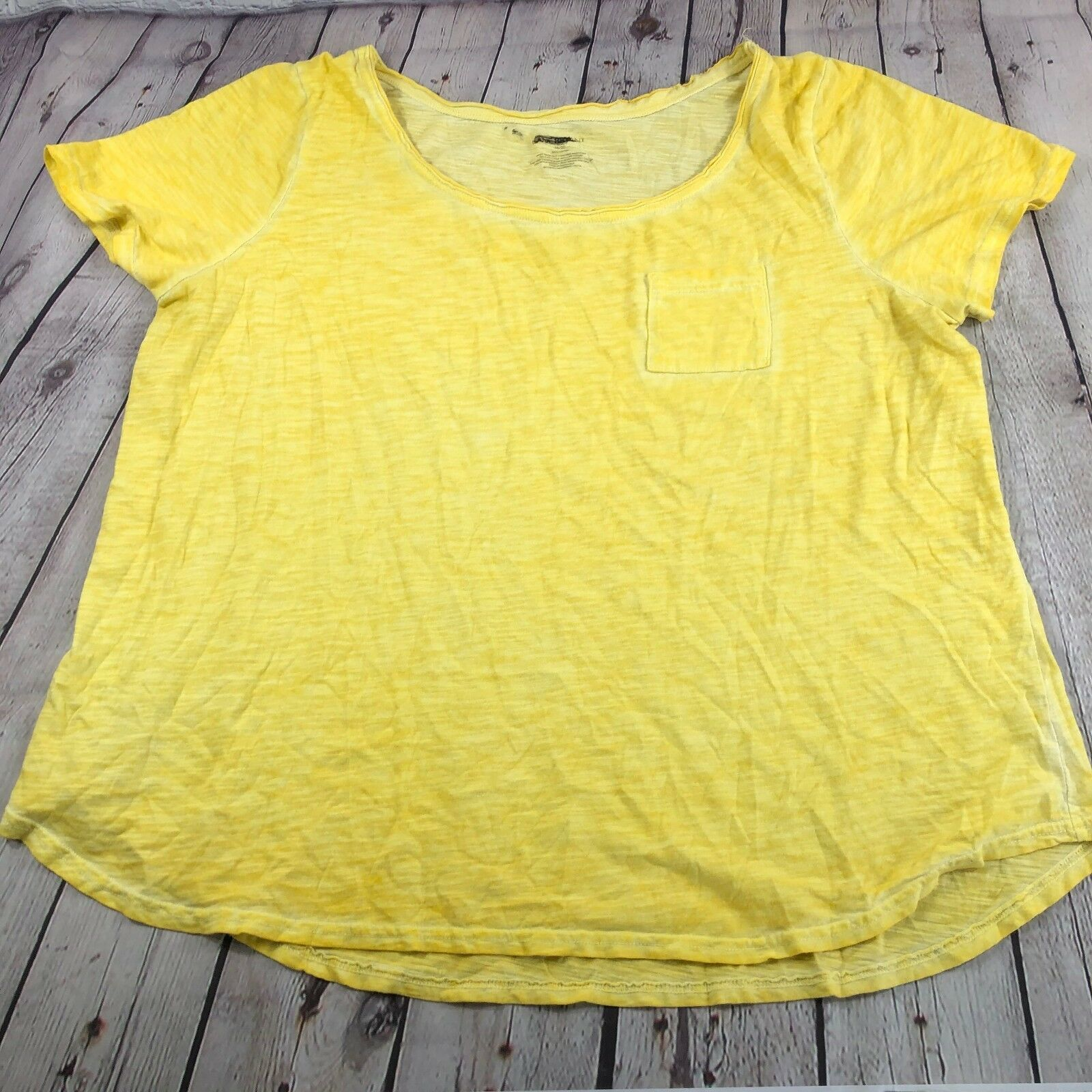 NWOT Lane Bryant Yellow Cotton Short Sleeve Tee with Pocket Plus Size Size 18/20 - $9.74