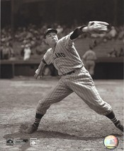 Bob Feller 8X10 Photo Cleveland Indians Baseball Picture From The Stretch - $4.94