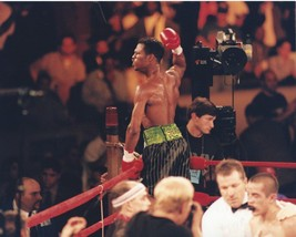 Sugar Shane Mosley 8X10 Photo Boxing Picture In Celebration - $3.95