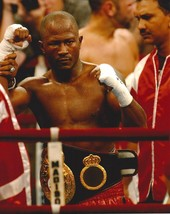 Travis Simms 8X10 Photo Boxing Picture With Belt - $3.95