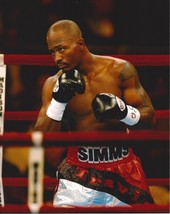 Travis Simms 8X10 Photo Boxing Picture Close Up - $3.95