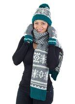 Hat Scarf Mittens Set, Holiday Christmas Winter Pattern, Green White Grey - £9.90 GBP