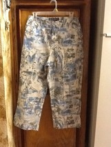 Womens CHICO'S Floral Printed Cropped Capri Pants Size 2 - $24.24