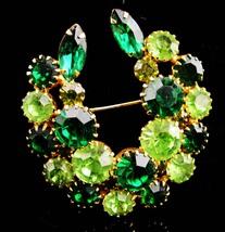 Vintage Navette Brooch / LARGE green wreath / Womens lapel pin / rhinest... - $95.00