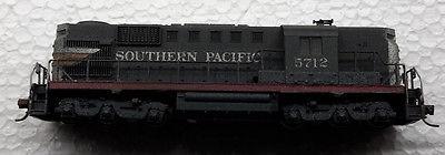 Kato N Southern Pacific GP-9 #5712 Diesel Air Brush Weathered Kadee Couplers