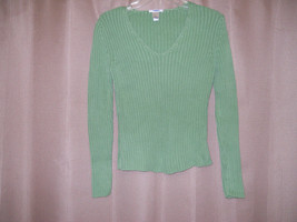 Old Navy Green V-Neck Ribbed Long Sleeve Sweater Size M - $5.75