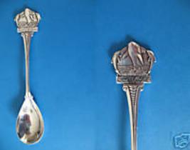 Killer Whale Sea World Embossed Souvenir Spoon - $7.99