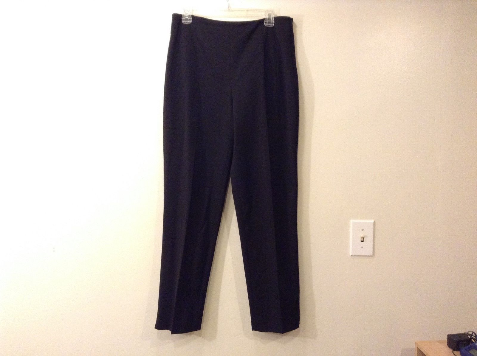 Ladies Saks Fifth Avenue Black Classic Pants Sz 12