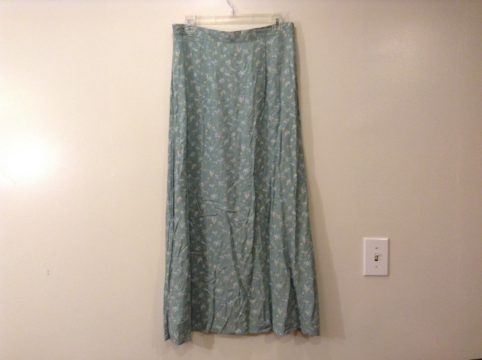 Vintage Studios Long Mistic Gray Floral Skirt Sz Large