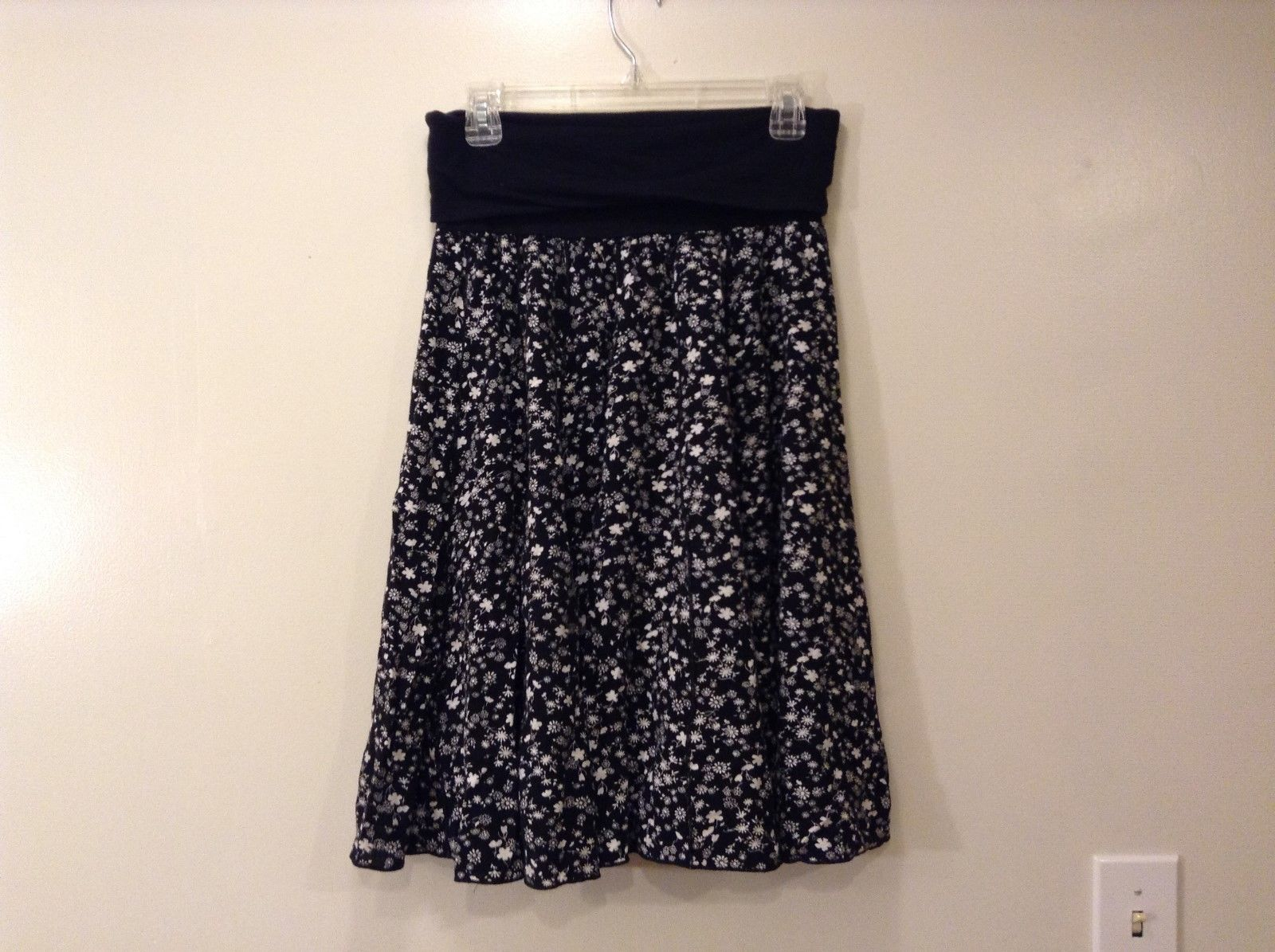 Lapis Black White Floral A Line Skirt Sz Small