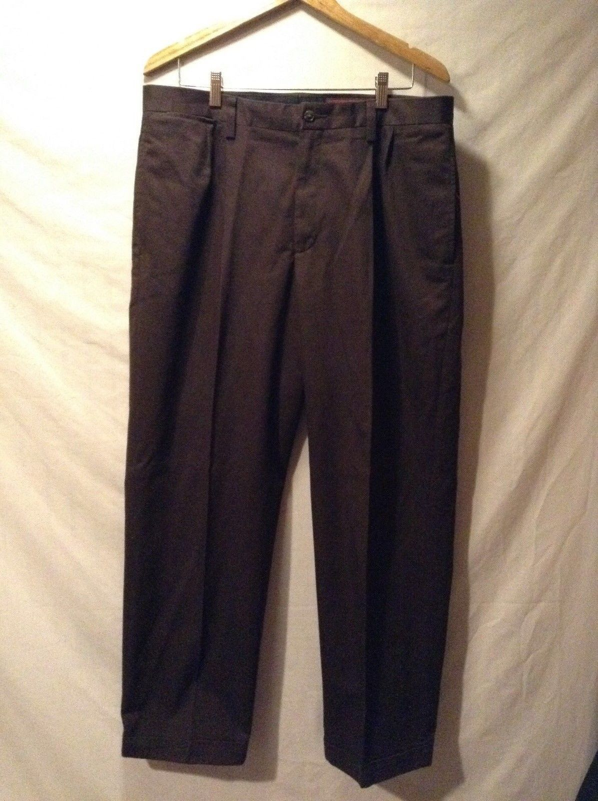 Relaxed Fit Men's Eddie Bauer Brown Pants Sz W36 L32