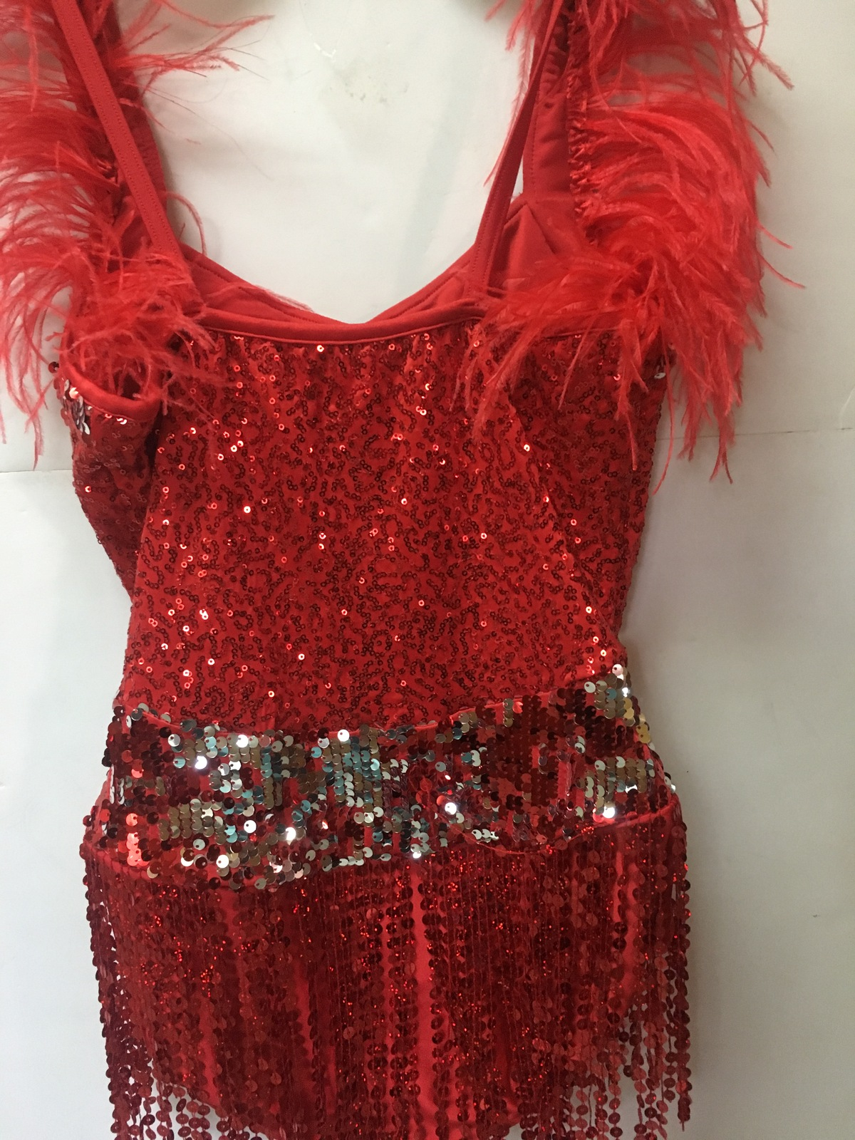 Curtain Call Costume Dancer Sequined Red Women Sz ASM (32-35 Bust)
