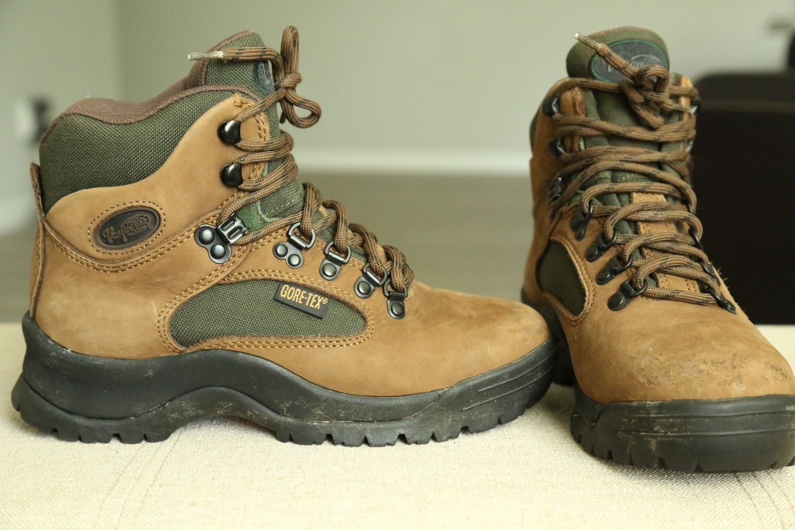 75fcfc19d5d Vasque Brown Leather Hiking, Trail Boots and 42 similar items