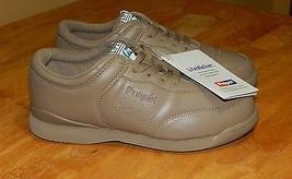 Propét Women's Walking Shoes Size  7 NEW! - $39.99