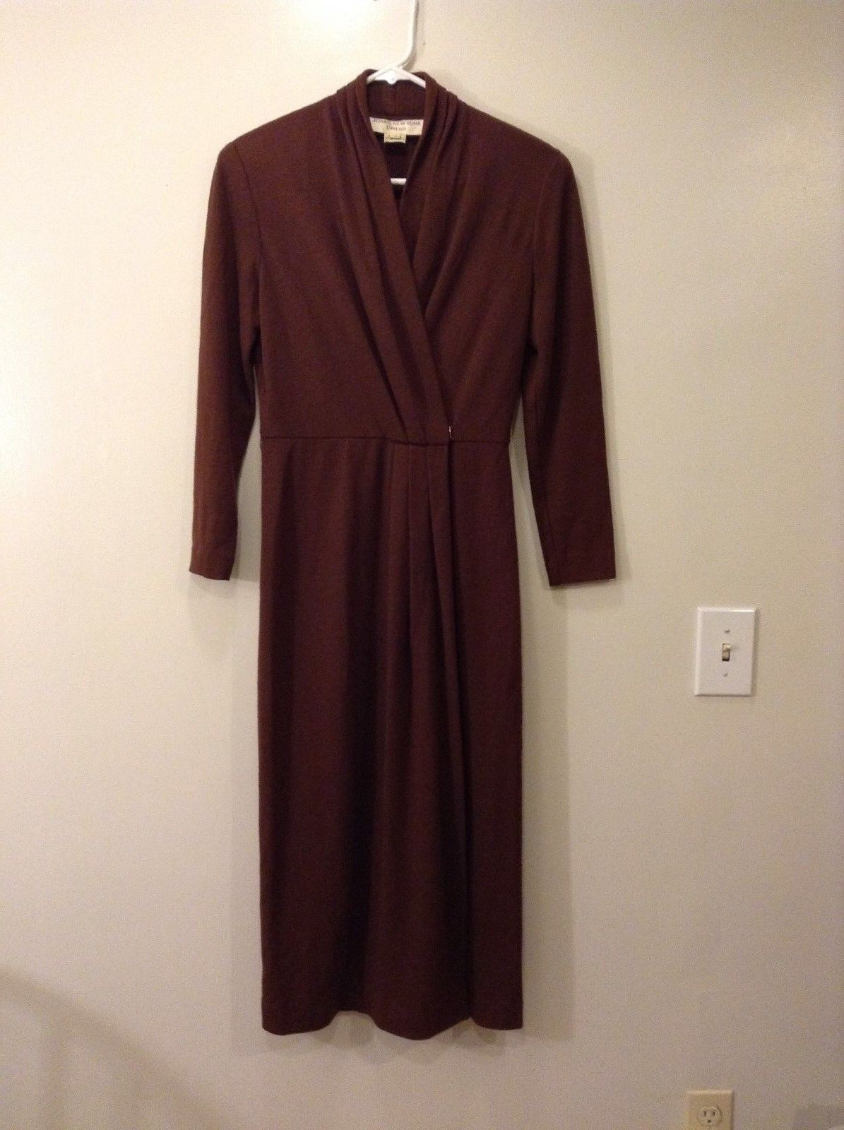 Ladies Jones New York Long Brown Wool Dress Sz 4