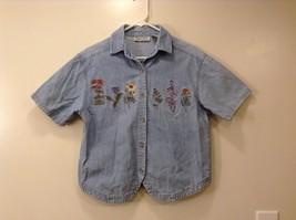 Ladies Oak Hill light blue jean shirt blouse floral Embroidery Size S