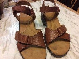 "Easy Spirit Anti Gravity Brown Leather Sandals Size 9 Straps Velcro 2"" H... - $38.00"