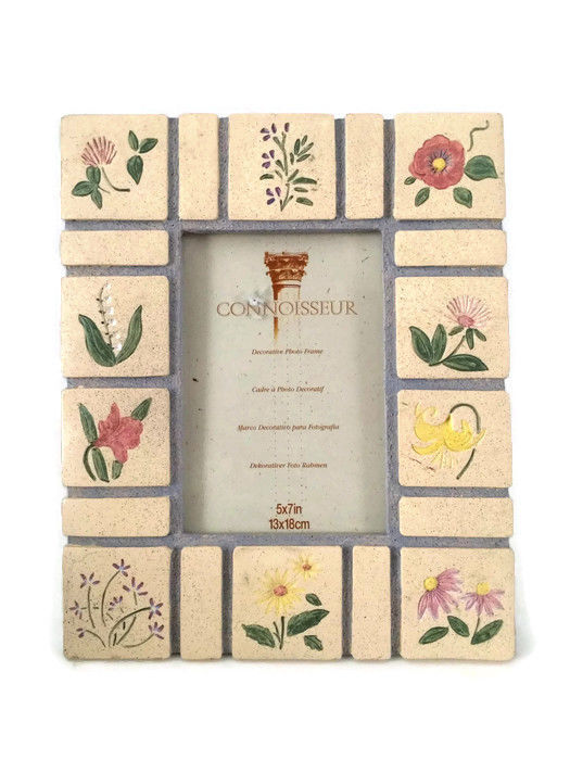 Connoisseur Picture Frame: 1 listing