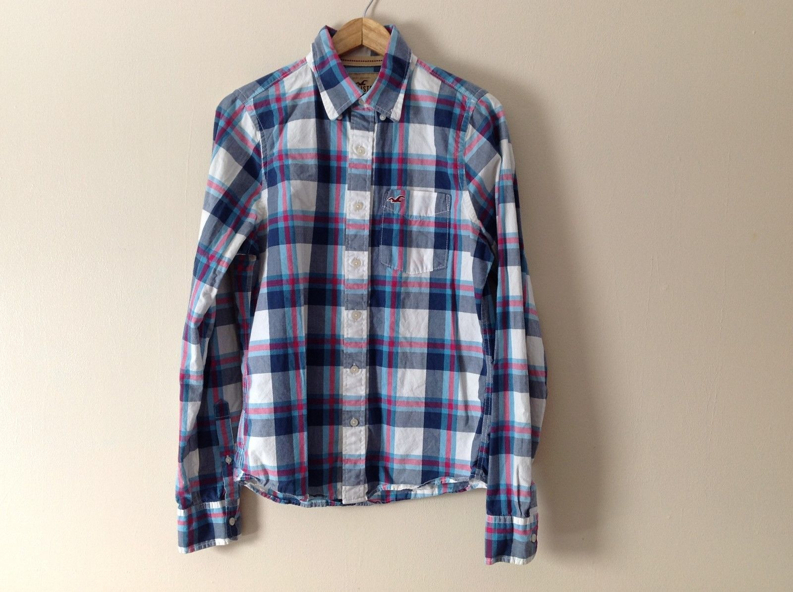 Hollister Blue Gray Pink and White Checkered Button Up Shirt Size M