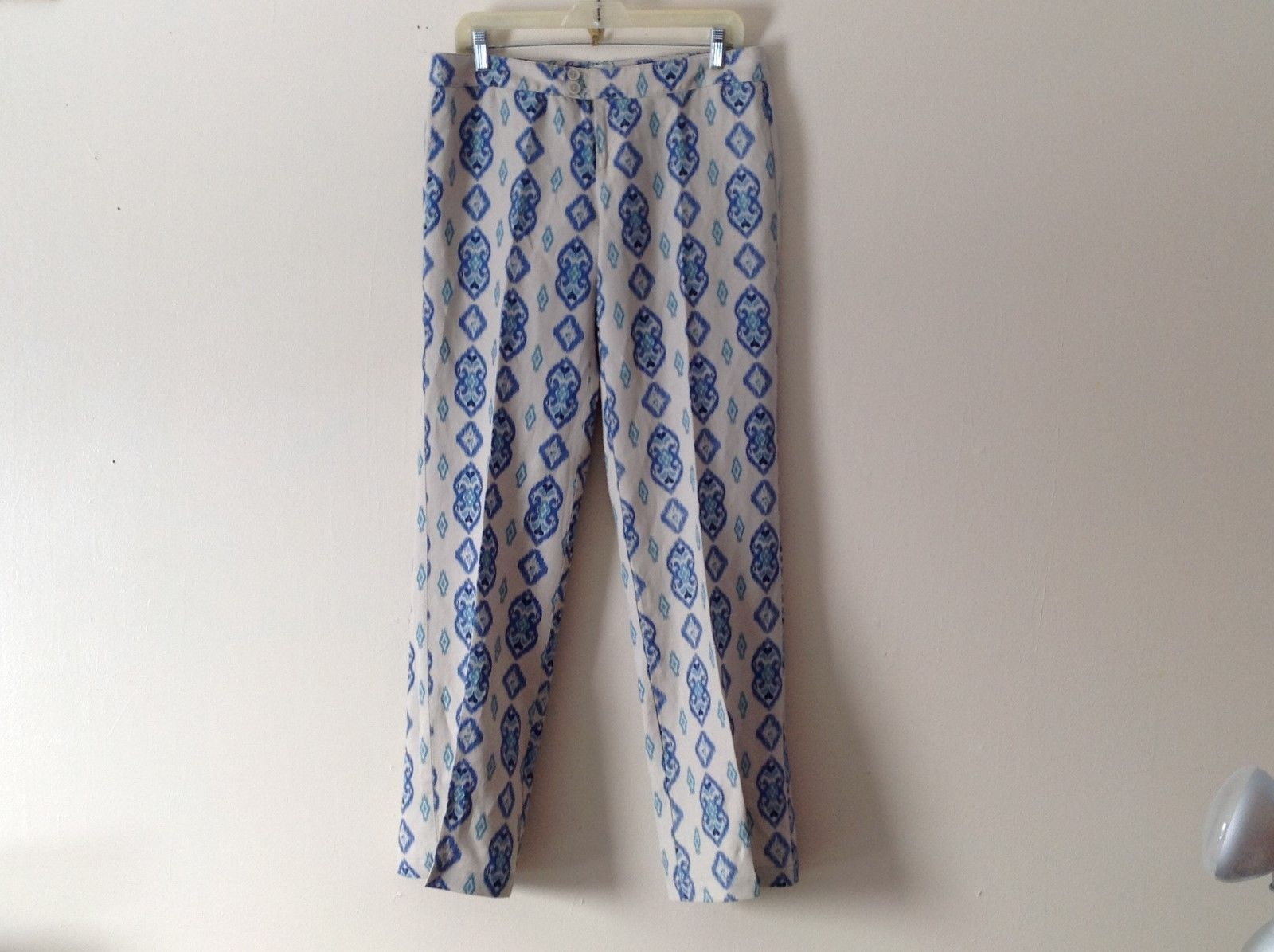 Womens ECRU Tan Loose Fit Linen Pants Slacks w Blue Print Sz 6